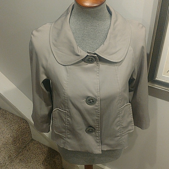 Vertigo Paris Jackets & Blazers - Vertigo Paris Size Small Gray Cropped Jacket